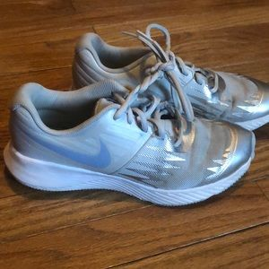 Nike size 6Y silver soft shoes